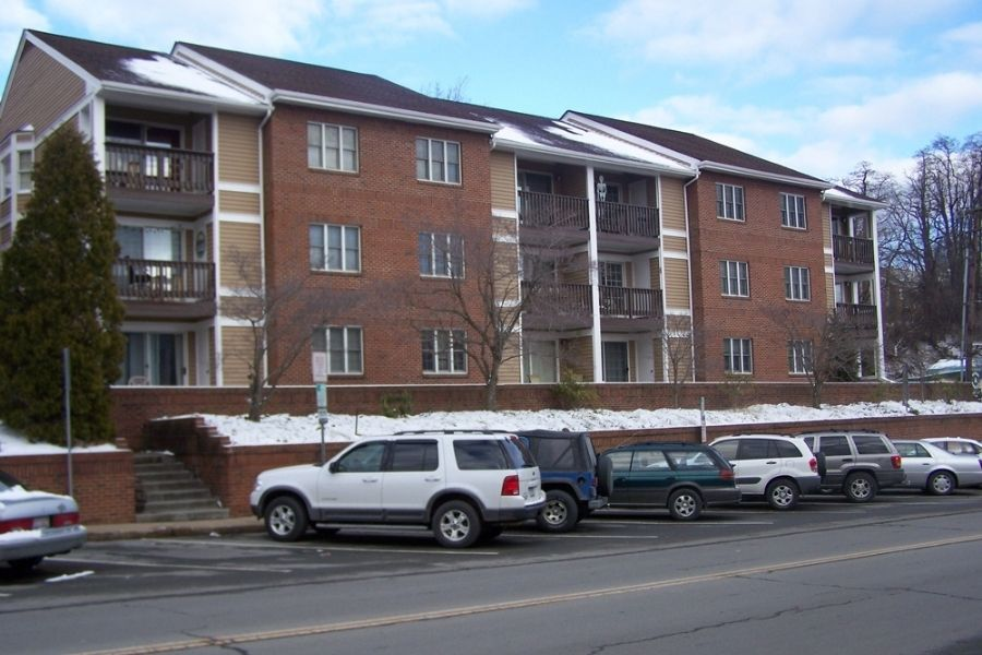 Daniel Boone Condominiums Two Bedroom