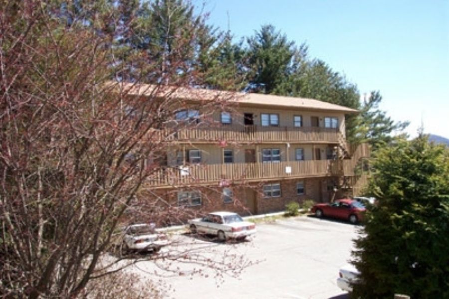 Pinewoods Condominiums Two Bedroom